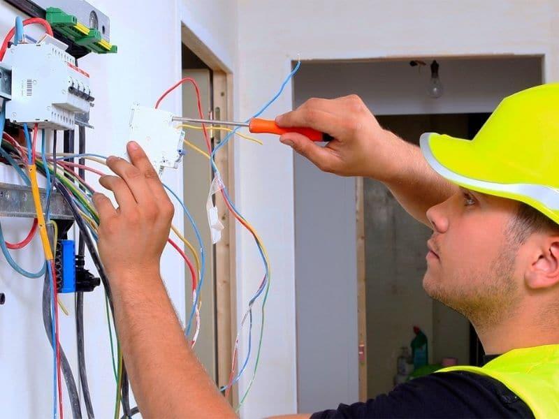 Электромонтажные работы в Минске | ИнвестлайнКэпитал